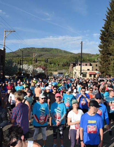 steamboat marathon runners at finish line