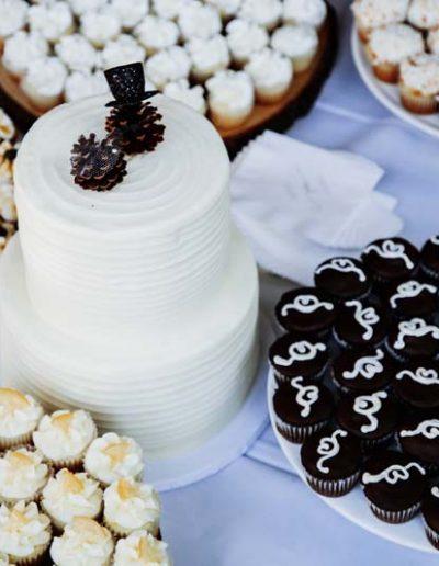 dessert buffet wedding